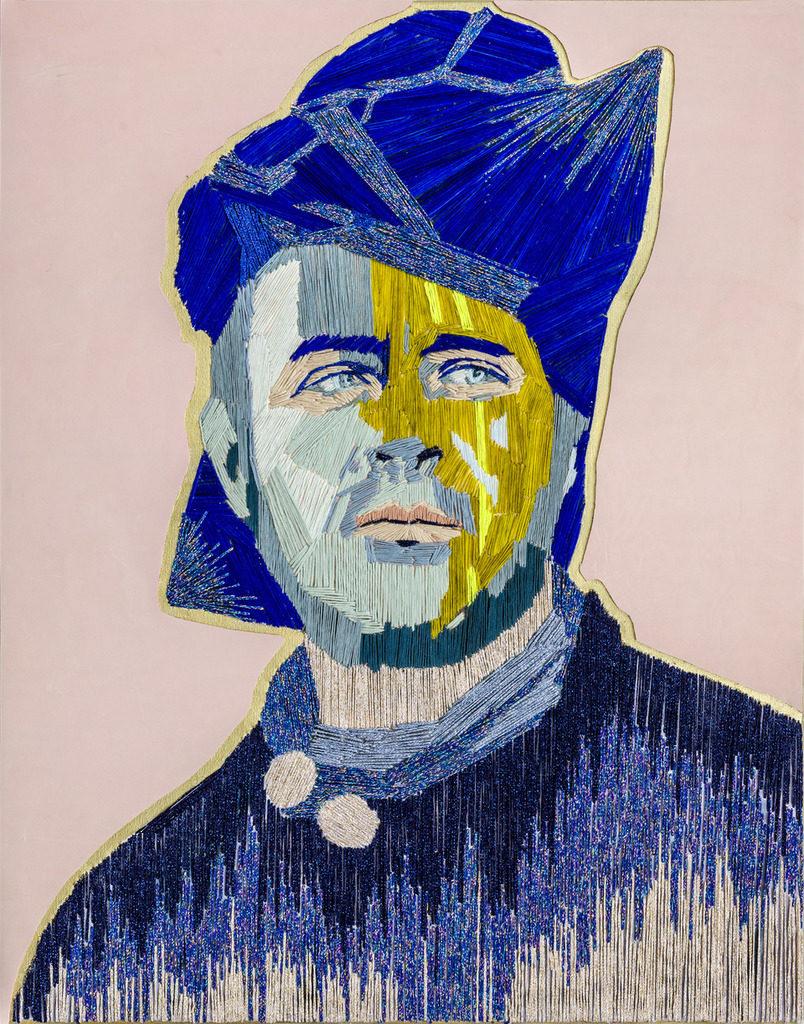 "Preta Wolzak, ""Everybody needs a hero"", handgeborduurd, leer, bladgoud, 70 x 55 cm."