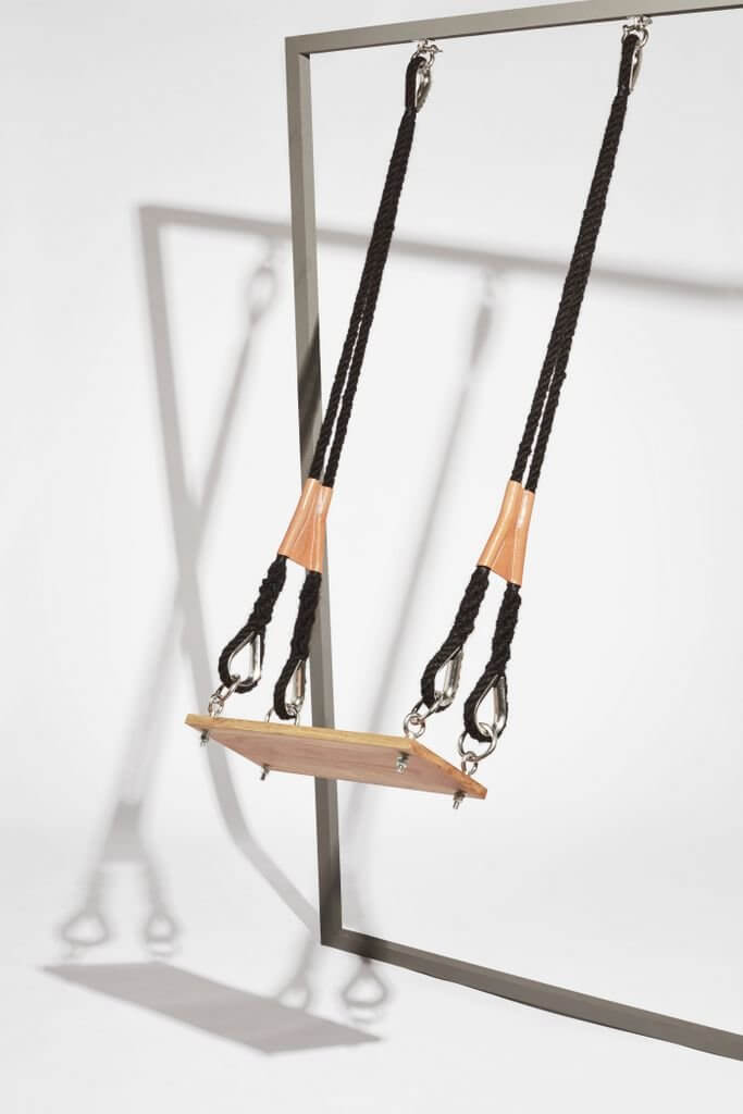 """Sanne Visser, """"The Swing, The New age of Trichology""""."""