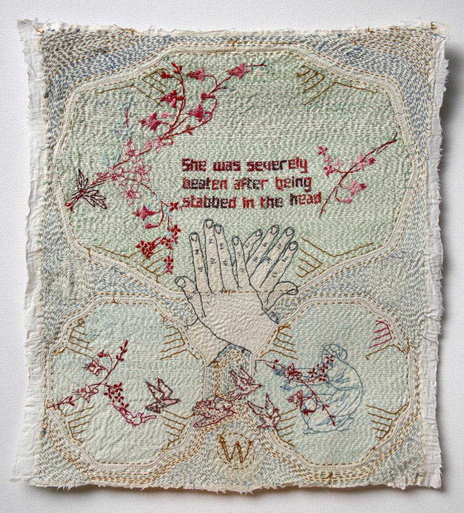 Willemien de Villiers met haar werk 'Domestic'