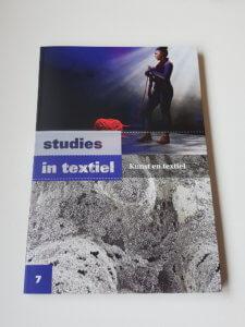 Studies in textiel 7 Kunst en textiel