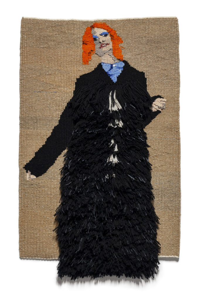 Mardi Nowak, Protection Coat (uniform), 2018 Weefsel (gobelin en rya), Wol, katoen, linnen en zijde 67 x 42 cm.