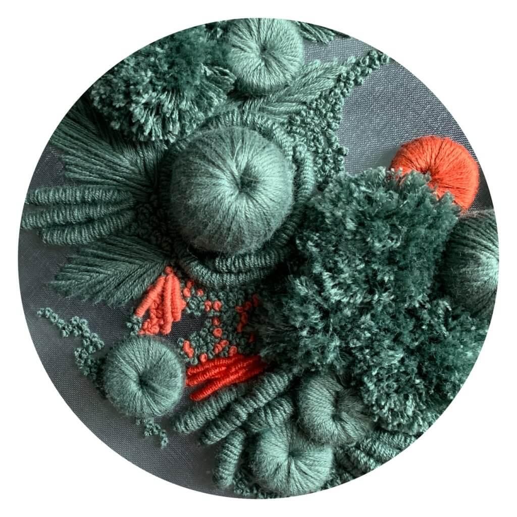 Helen Wilde, Koral, Driedimensionaal borduurwerk.