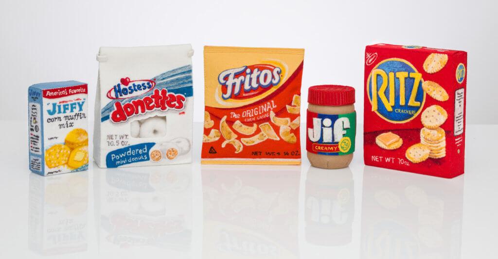LeBrie Rich, assortiment verpakte levensmiddelen (foto: Dan Kvitka).