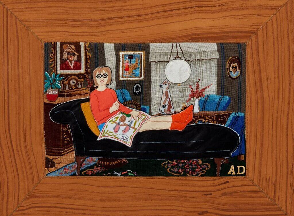 "Adrienne Doig, ""Scene 3"", 2020, borduursel, applique en verf op petit point, 37 x 48 cm."